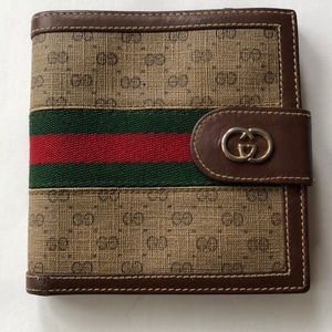 Vintage Gucci Web GG Brown Classic Bifold Wallet